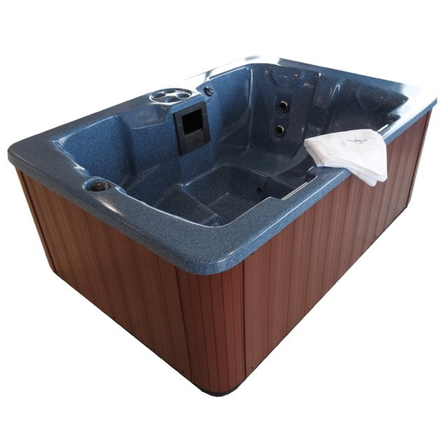The Dee 4 person hot tub