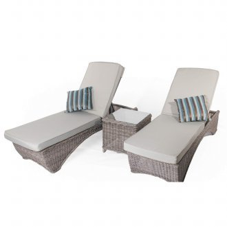 roma 2 loungers with side table