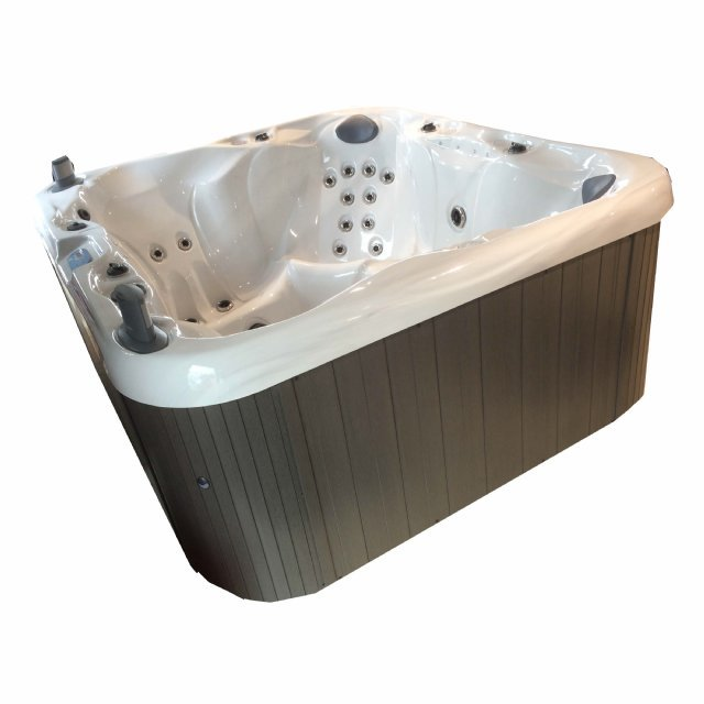 the liddle hot tub