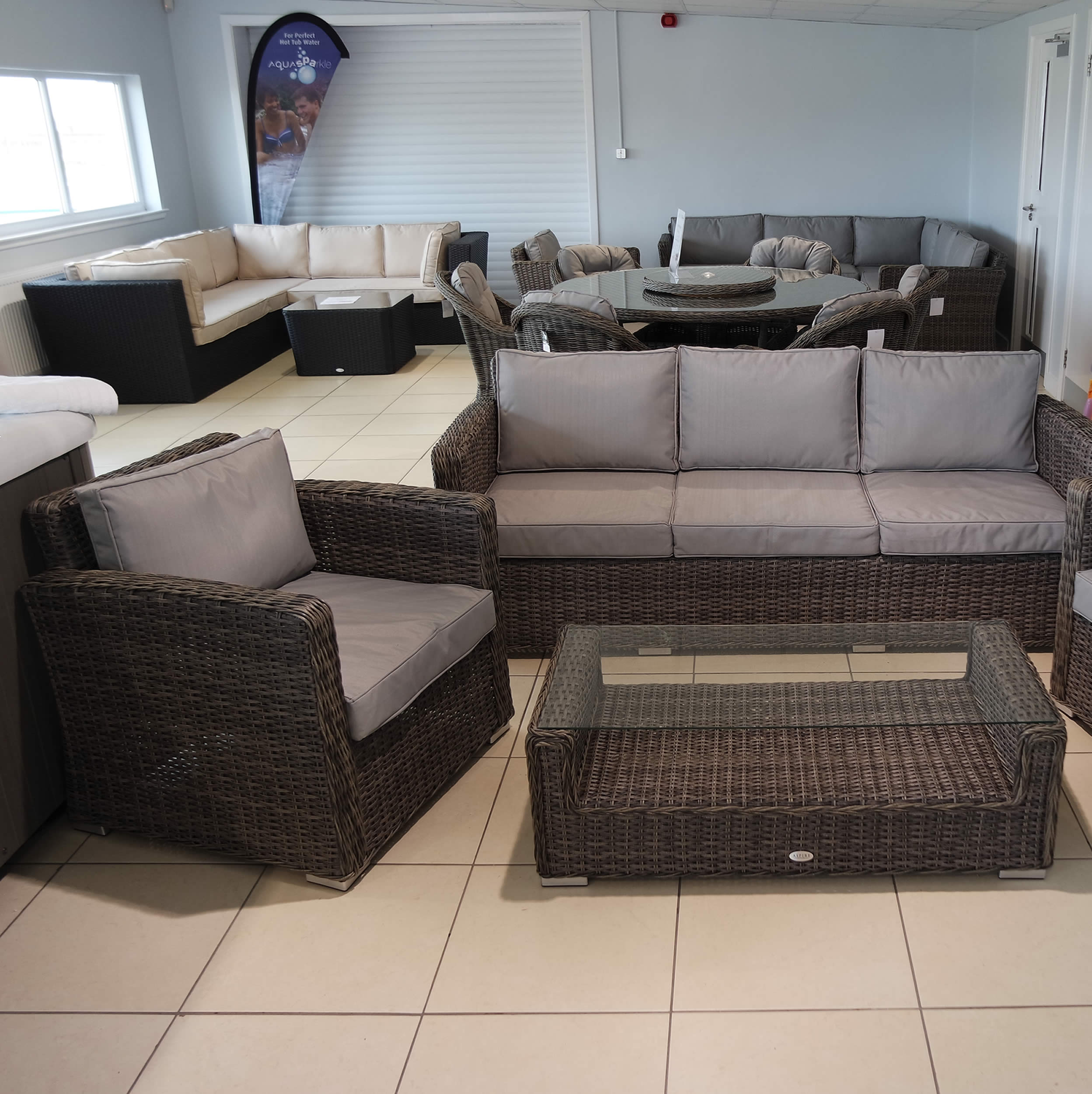 Quality garden furniture solway outdoors for Quality garden furniture